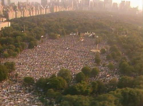 Simon-And-Garfunkel-Central-Park